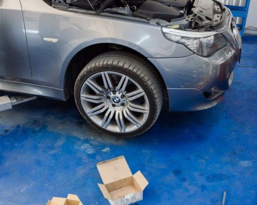 Inlocuire placute frana fata spate BMW e60 535d