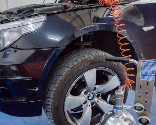 Schimb lichid frana BMW e60