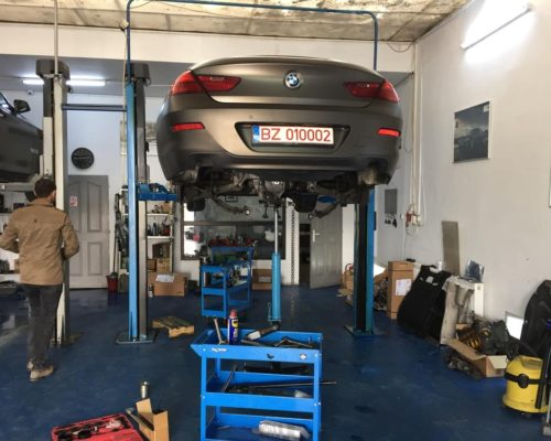 Inlocuire amortizoare spate si bucsi diferential BMW seria 6 gran coupe f06gc