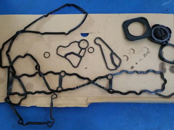 inlocuire-garnituri-motor-bmw-x6-biturbo-benzina-1 (1)