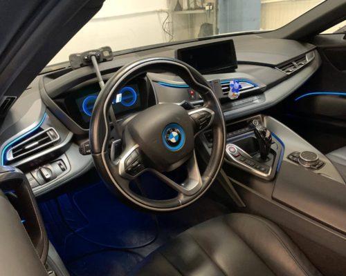Revizie BMW i8